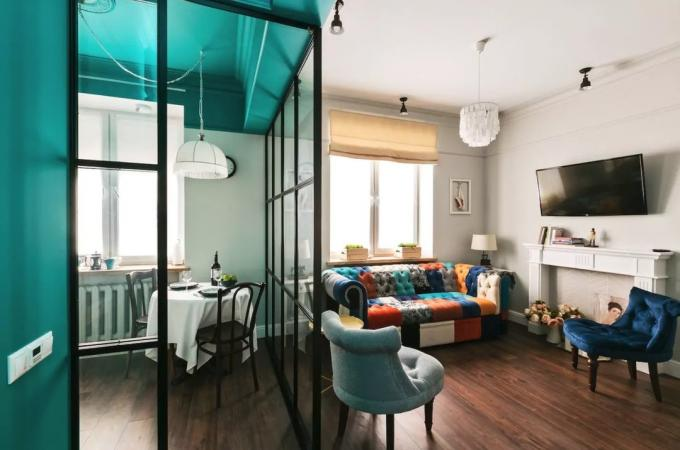 The interior of the week: five-storey building of 30 m² with designer furniture