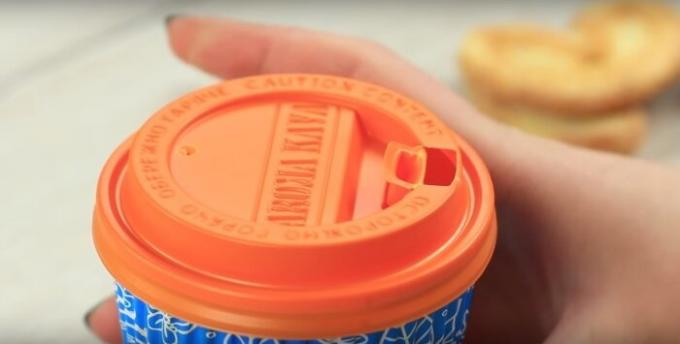 Paper cups with plastic lid should be able to use it properly.