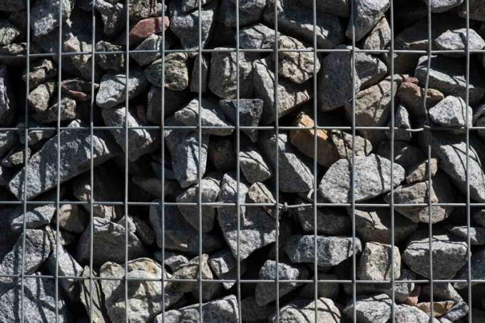 Gabions in landscape design: reveals the secrets