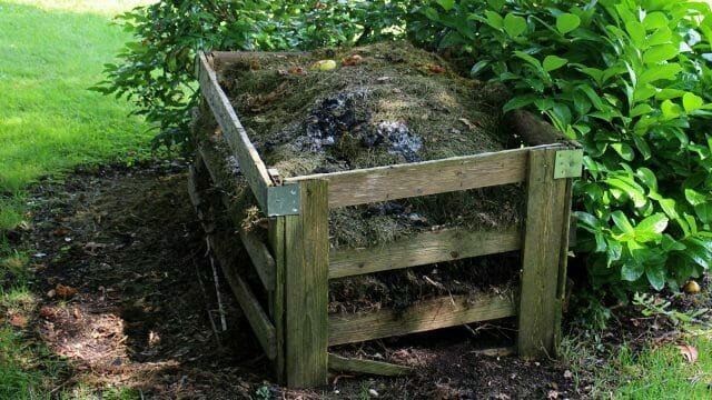 The easiest way to make compost quickly