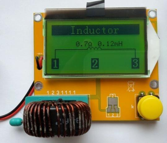 Figure 2. Indications tester indicator when measuring coil