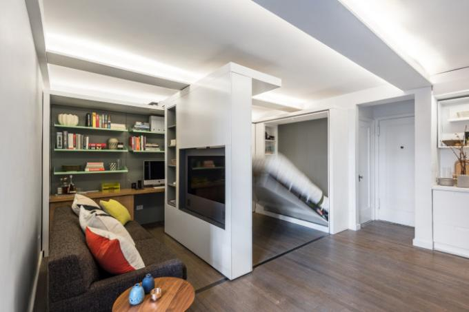 Small apartment, which is due to transformation turns into a full-fledged suites.